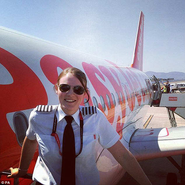 youngest plane captain in the world