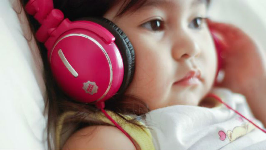 Children's Headphones AND Hearing Loss