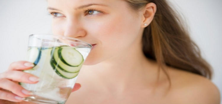12 Natural Ways To Clear Skin