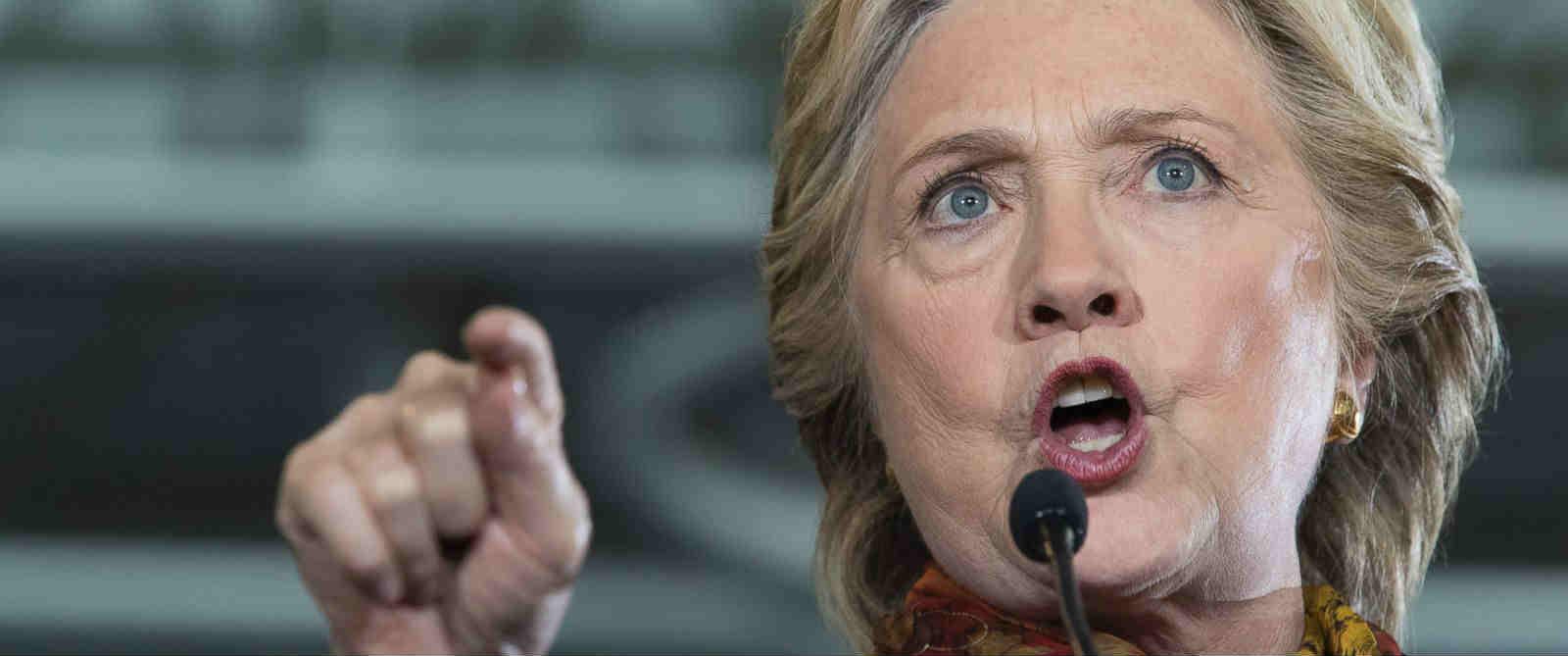 Clinton Fires Back at Trump's Gettysburg Address