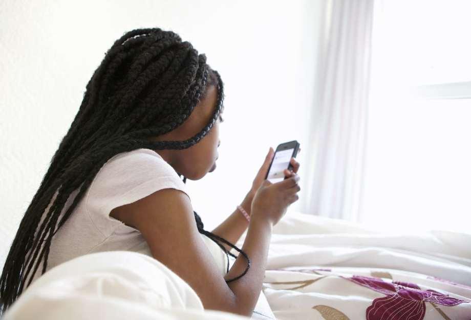 How To Clean Phones Amid Coronavirus Outbreak